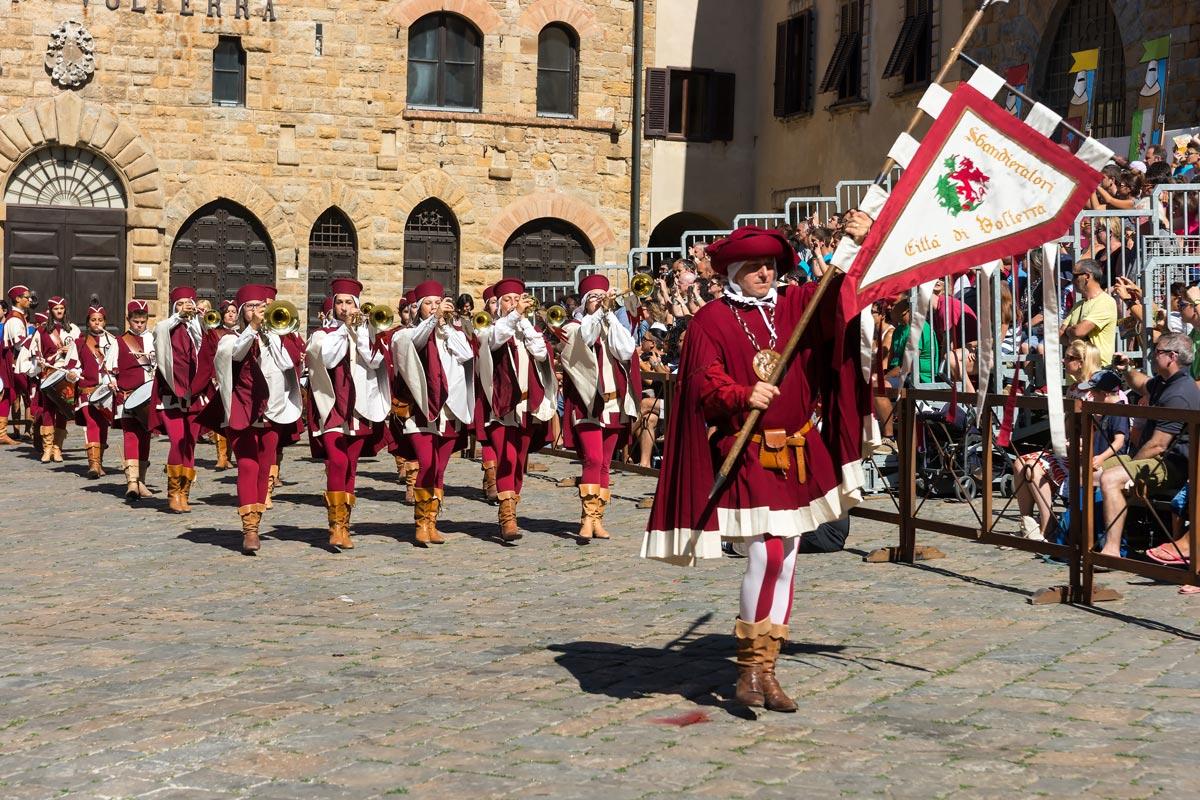Volterra AD 1398 Festival - Musici erranti, a muzsikusok felvonulása