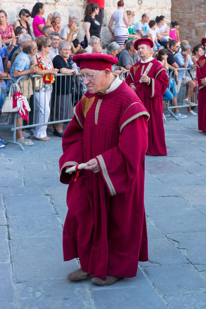 Bravio delle Botti di Montepulciano - a legidősebb jelmezes felvonuló