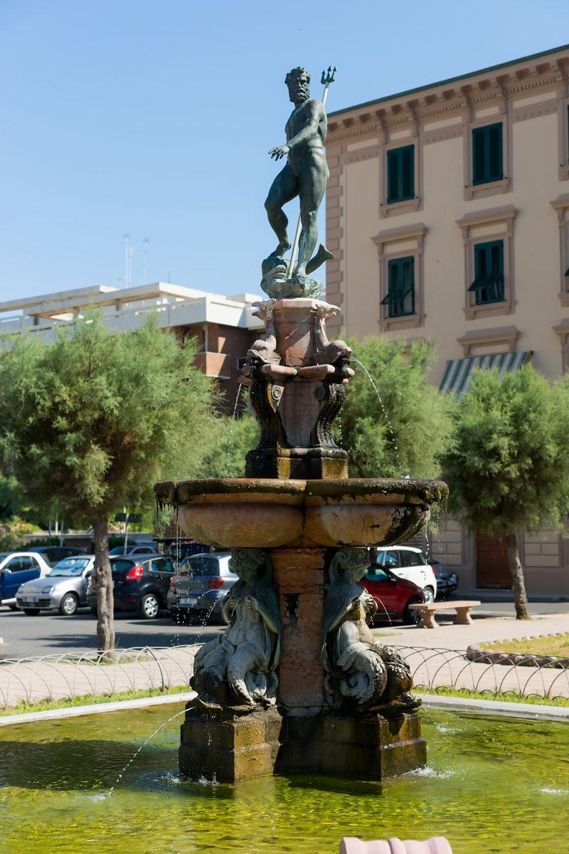 Fontana del Nettuno, Livorno