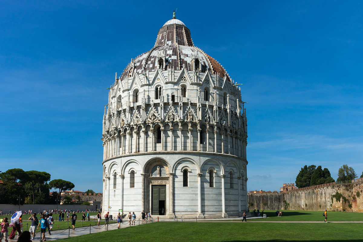 Pisa, Toscana - a Baptisterium
