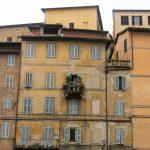 Siena, Toscana - zöld oázis egy ház oldalán