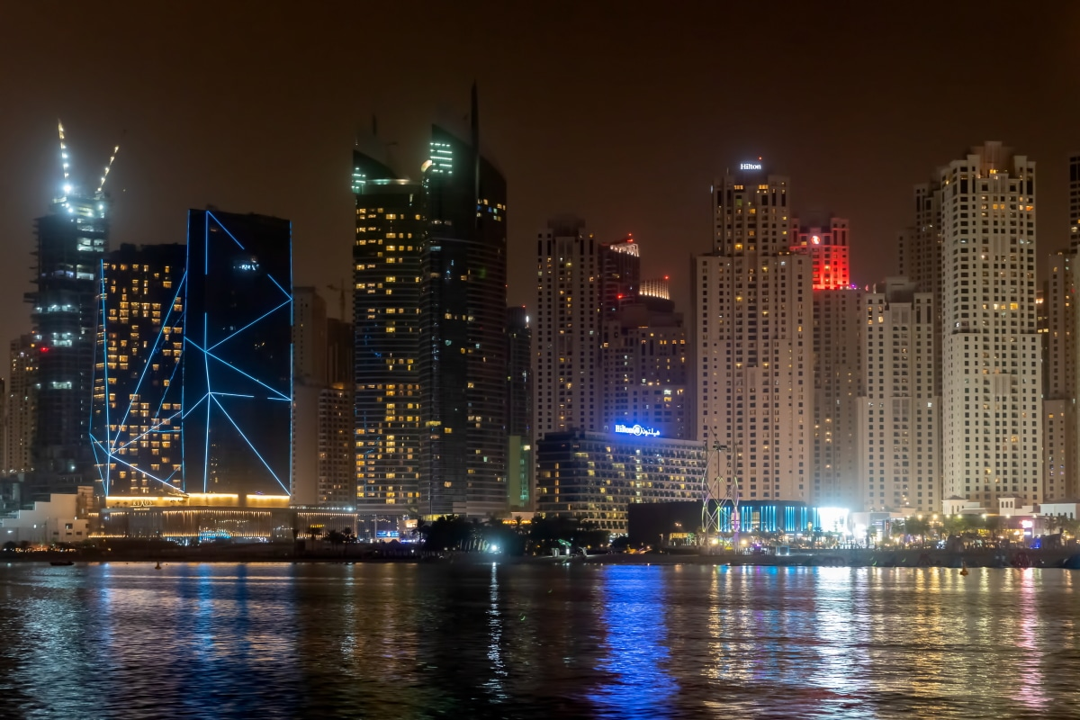 DUBAI, UAE BY NIGHT 07/2019